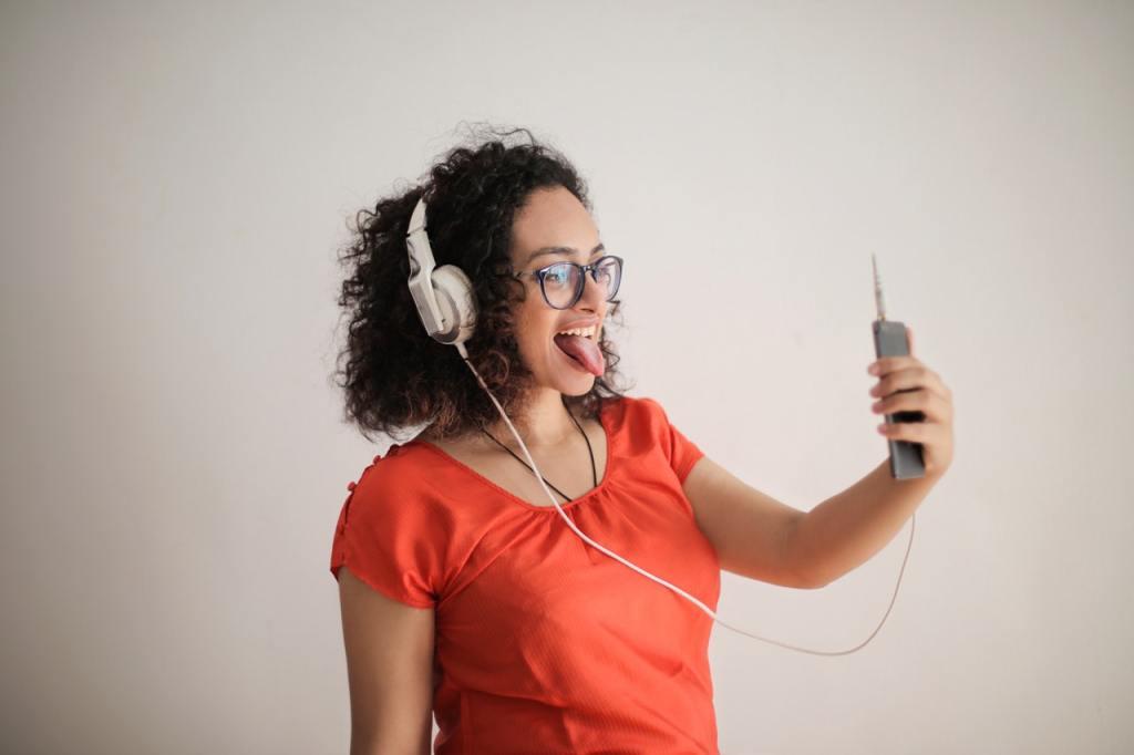 5 Aktivitas di Rumah yang Bikin Social Distance Jadi Asik