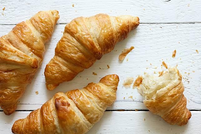 croissant-pastry