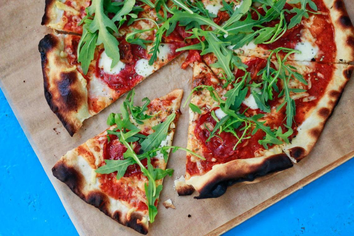 pizza makanan khas Italia