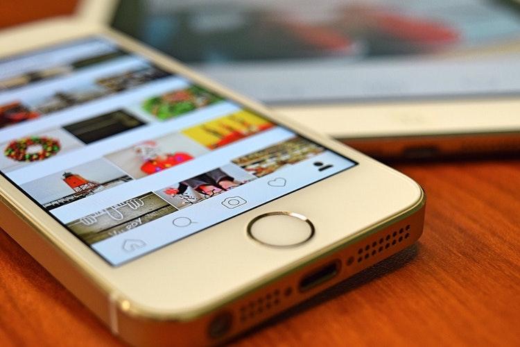 menentukan tema feeds instagram