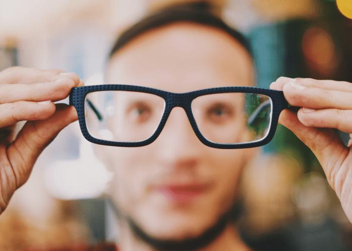 kacamata kotak