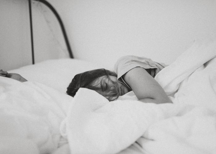 tidur samping