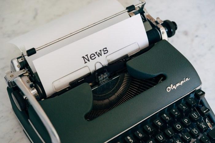 mesin-ketik-press