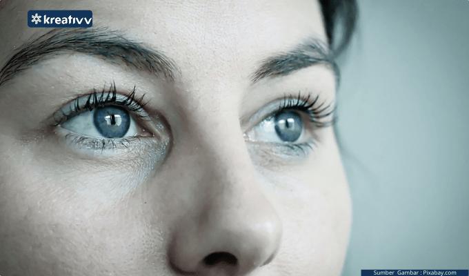 Menjaga Kesehatan Mata Selama WFH