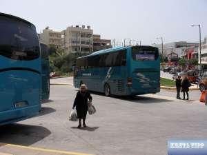 Am Busbahnhof auf Kreta