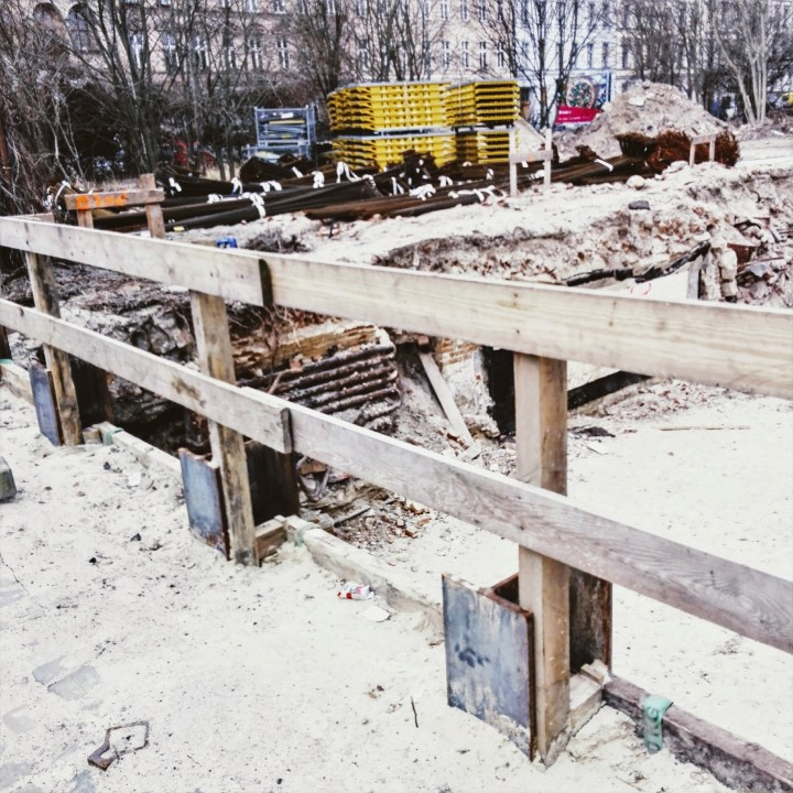 The construction site in Luckauer Straße (image by notmsparker).