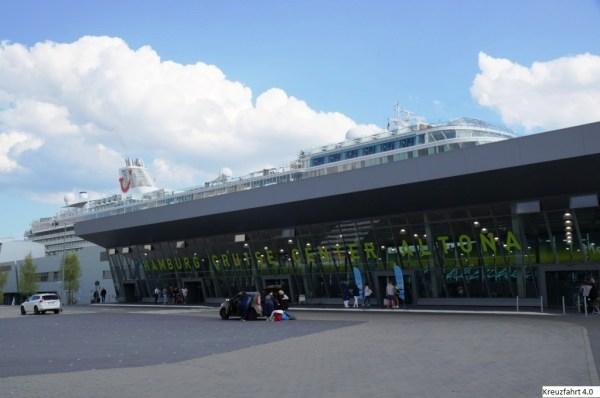 Kreuzfahrt 4.0 Mein Schiff 6 am Cruise Terminal Hamburg