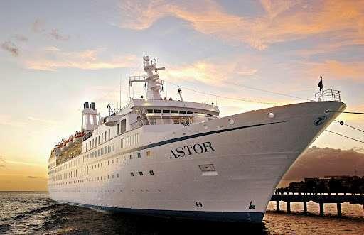 """""""1000 heiße Nächte"""" - mit MS Astor nach Afrika"""