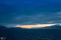 Norwegische Sonnenuntergang von Bord der Finnmarken aus