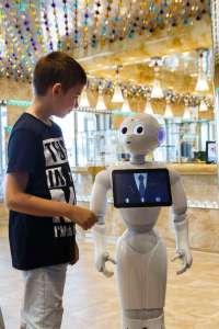 Roboter Pepper an Bord der Costa Diadema