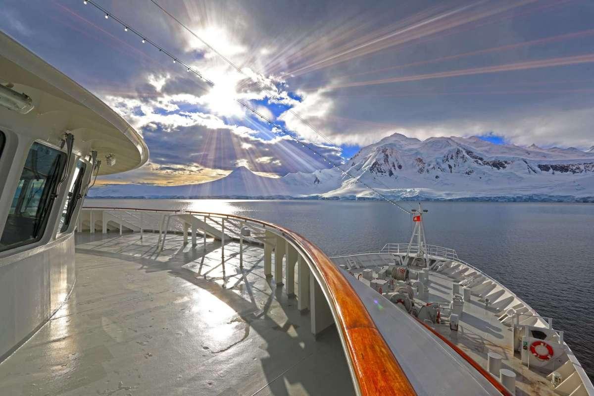 Plantours Kreuzfahrten - in den Fjorden Chiles