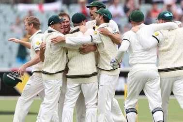 Australian team ashes celebration,ashes back australia