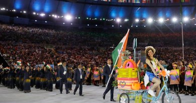 Abhinav Bindra carries the flag of India during the opening ceremony for the 2016 Summer Olympics in Rio de Janeiro, Brazil, Friday, Aug. 5, 2016. (AP Photo/David J. Phillip)