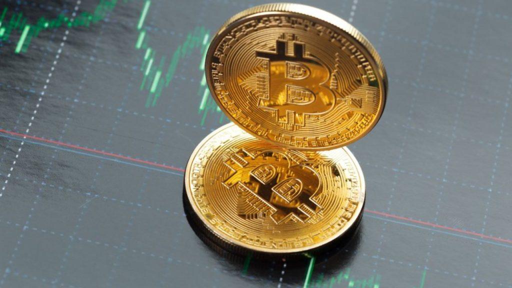 Teknik Paternler Bitcoin İçin Düşüşe İşaret Ediyor: İşte Traderların Öngördüğü Seviyeler!