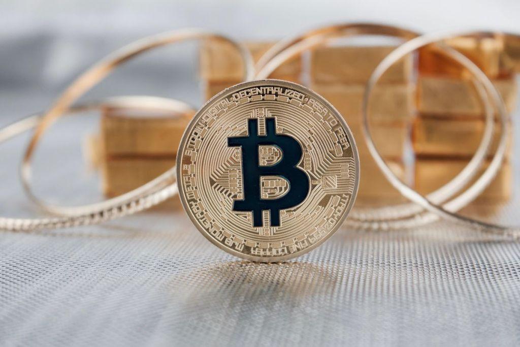Bitcoin Fiyat Performansı Altın ve Borsayı Gölgede Bıraktı