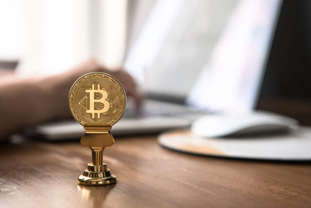 """Tahvil Kralı Bitcoin ve Borsayı Yorumladı! İşte """"Çok Konuşulacak"""" Tahminler"""