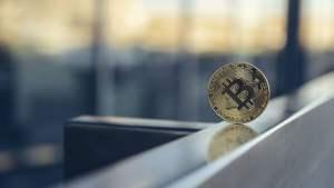 eski cia yoneticisinden bitcoin e guven oyu