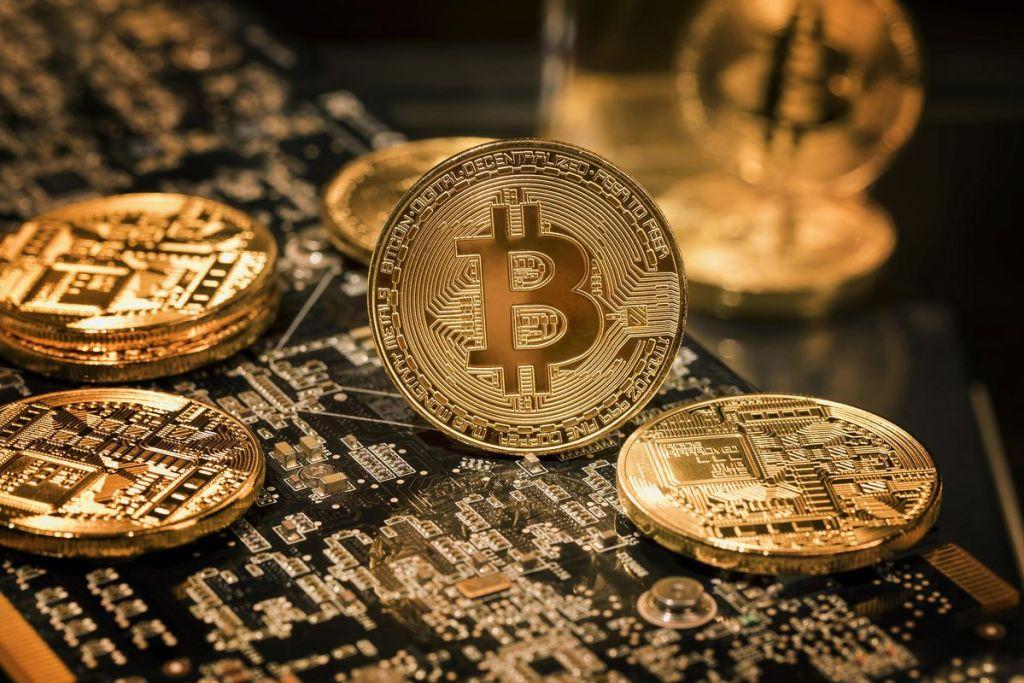 """Wall Street Devinin CIO'sundan Bitcoin Açıklaması: """"Altının Yerine Geçebilir"""""""