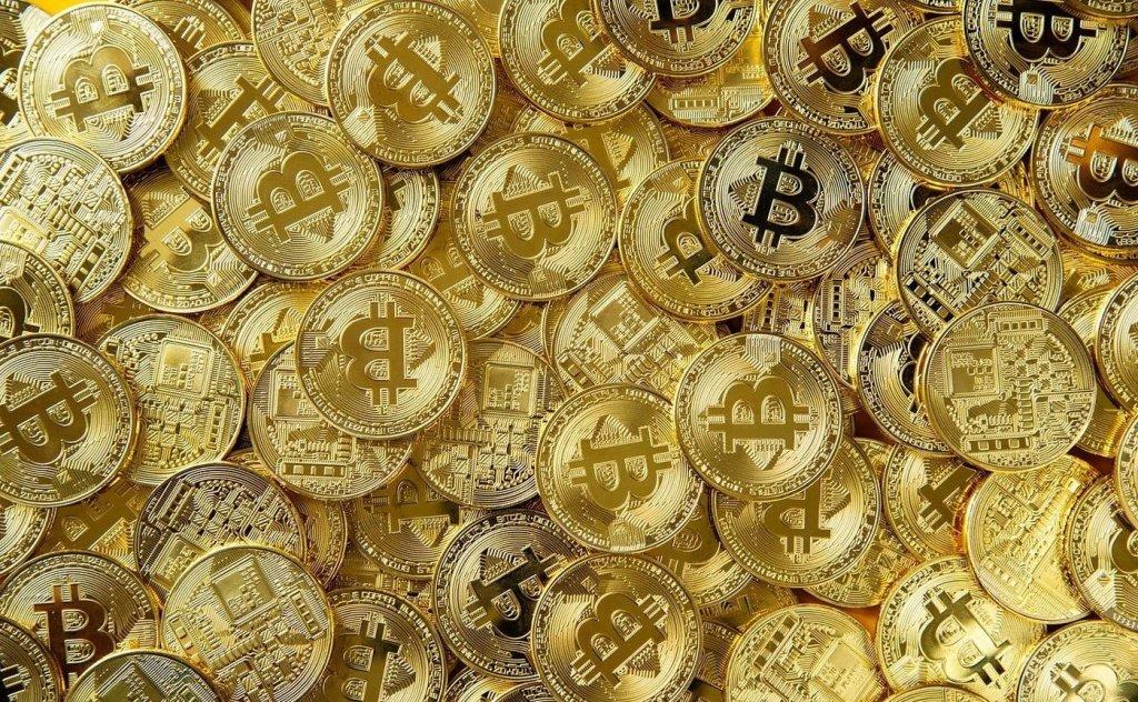 Uzmanlar: Altın Piyasasından Çıkan Para Bitcoin Fiyatını Ateşliyor