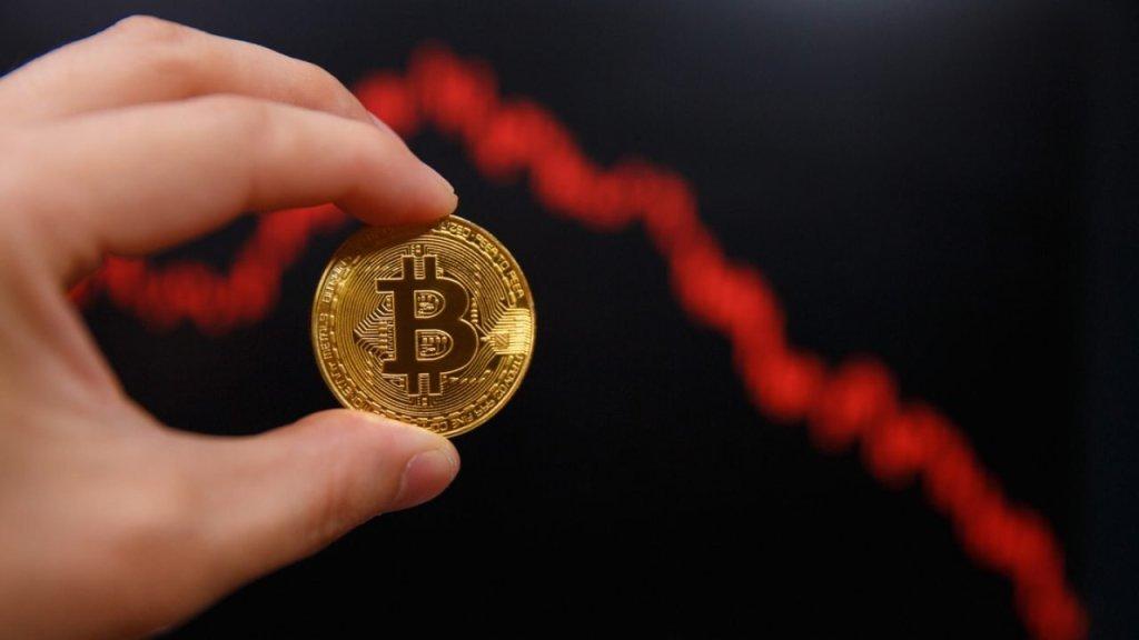 Sıcak Gelişme: Bitcoin, Ripple, Ethereum ve Dogecoin'de Ani Çöküş!