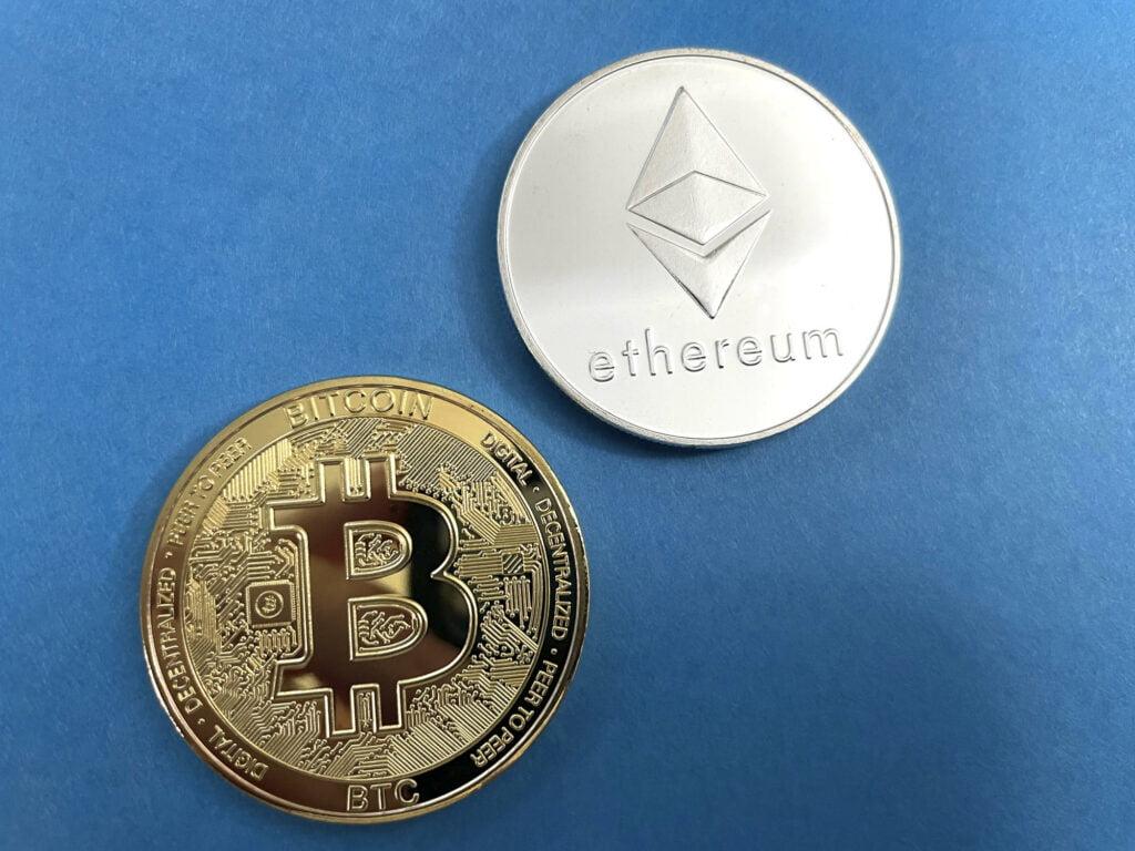 Ünlü Finans Profesörü: Bu Altcoin Bitcoin'den Daha İyi!
