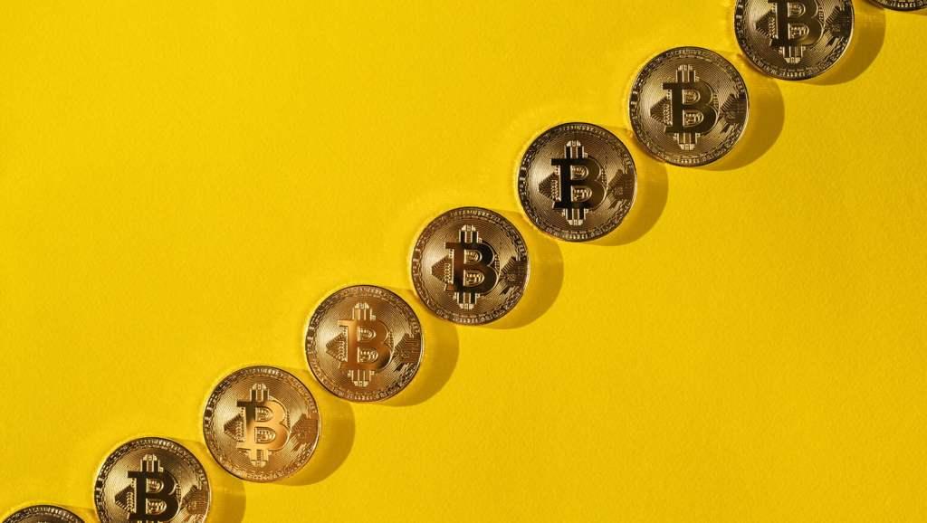 Finans Uzmanı: Bitcoin Bu Diplere Gidiyor! Altın Alın