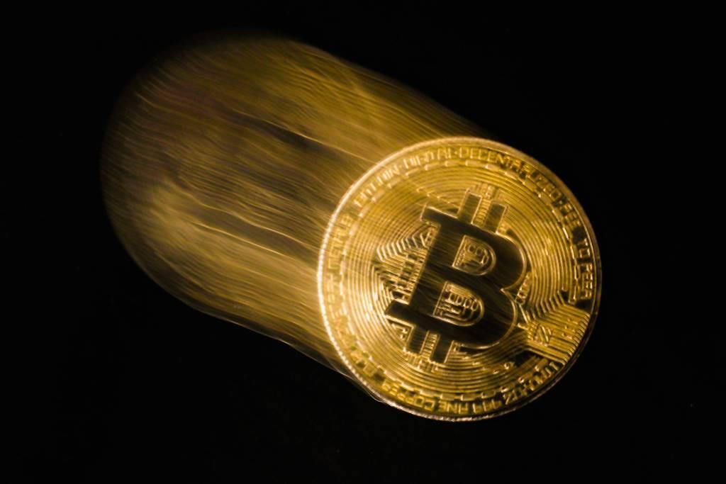 Bitcoin, DOGE Değil! Ünlü Yönetici: Bu Varlık Sizi Koruyacak