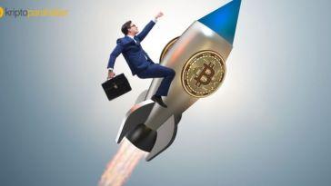 """Fundstrat Analisti: """"Bitcoin erken ralli uyarısı verdi, bu defa altcoin'ler BTC'yi izleyecek."""""""