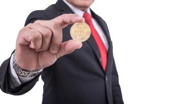 Kripto para milyonerleri, paralarını dünyevi mülklere harcıyor!