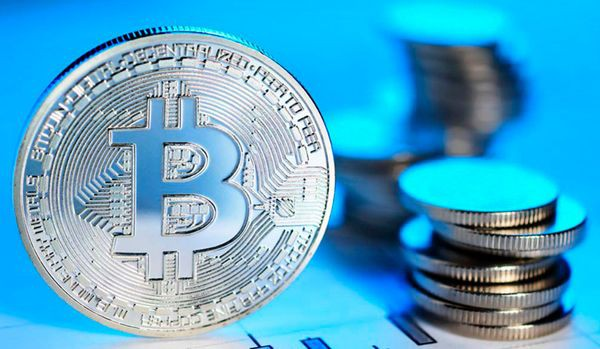 Волатильность биткоина значительно выросла за последний месяц