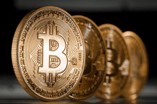 koli-vpade-kurs-bitkoinu