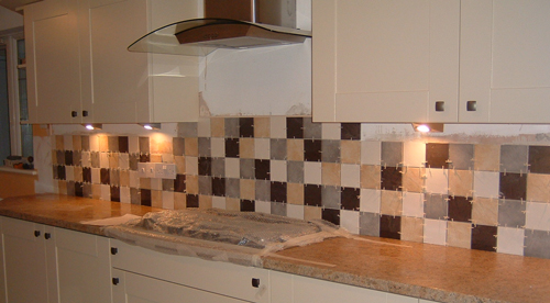 Kitchen Wall: Tips To Decorate The Tiles