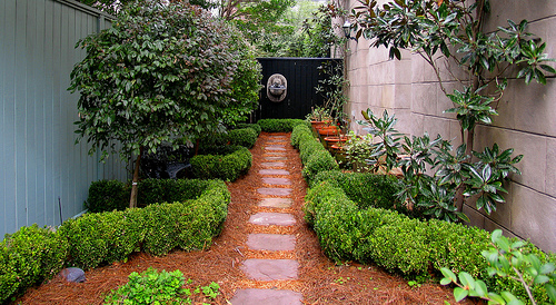 idea simple garden landscaping Simple backyard landscaping: Deal with your small backyard