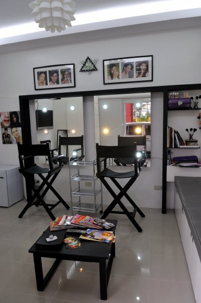 Kris Bacani Makeup Studio | kRiss and makeup (now moved to ... on Make Up Room Ideas  id=47903