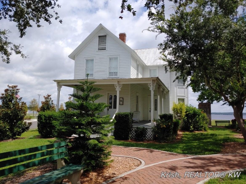 The Kern House