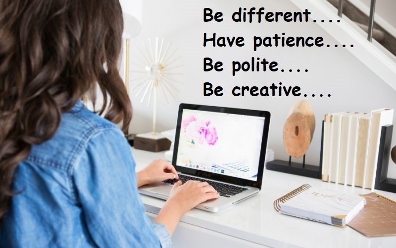 woman-blogging-on-laptop-800x500