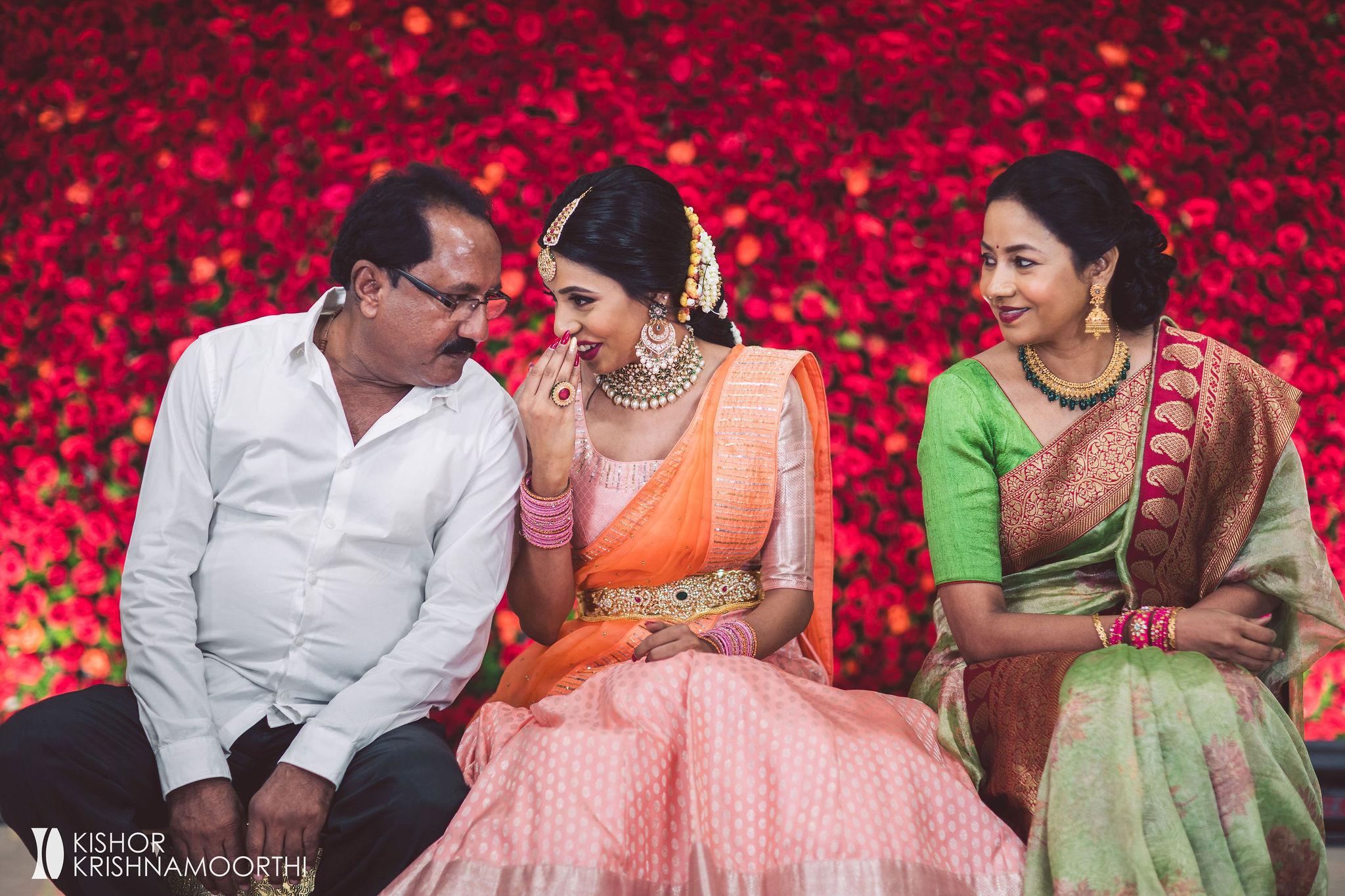 fun-moments-fab-day-bridal-moments-candids-wedding-time-kishorkrishnamoorthi-warangal