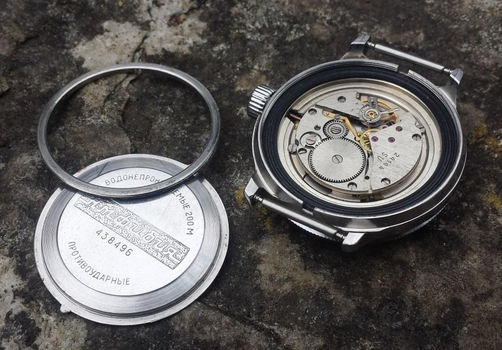 8b8107ef932e Vostok Amphibia Operation Desert Shield - Krishna s Russian Watches