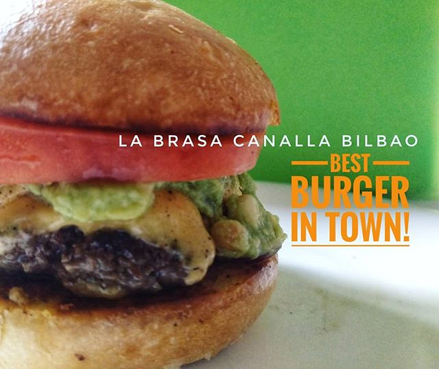 I had a wonderful time learning from the #hamburger master himself in making his signature AGUACANALLA hamburger. As usual, the ingredients MUST be of top quality and you've won half the battle even before starting. This is a juicy burger. Thank you Mario for sharing your expertise with us. You are one hell of a teacher. @labrasacanalla . If you visit Bilbao, Spain please indulge yourself in this #restaurant for a hearty meal..#food #foodporn #yum #instafood #PleaseForgiveMe #yummy #amazing #instagood #photooftheday #sweet #dinner #lunch #breakfast #fresh #tasty #food #delish #delicious #eating #foodpic #foodpics #eat #hungry #foodgasm #hot #foods #igersspain #igersBilbao @bilbaoturismo #Bilbao
