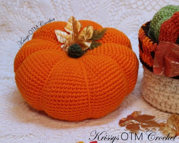 This huge crochet pumpkin makes a statement and is easy to make! It's big! make a few in different to scatter through your home. Embellish with leaves or other kitschy notions