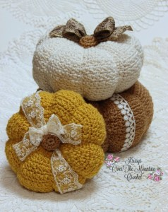 Crochet these BIG textured pumpkins! They are fun to make and when you use them to decorate with, they make a statement! Embellish them in a country or shabby theme.