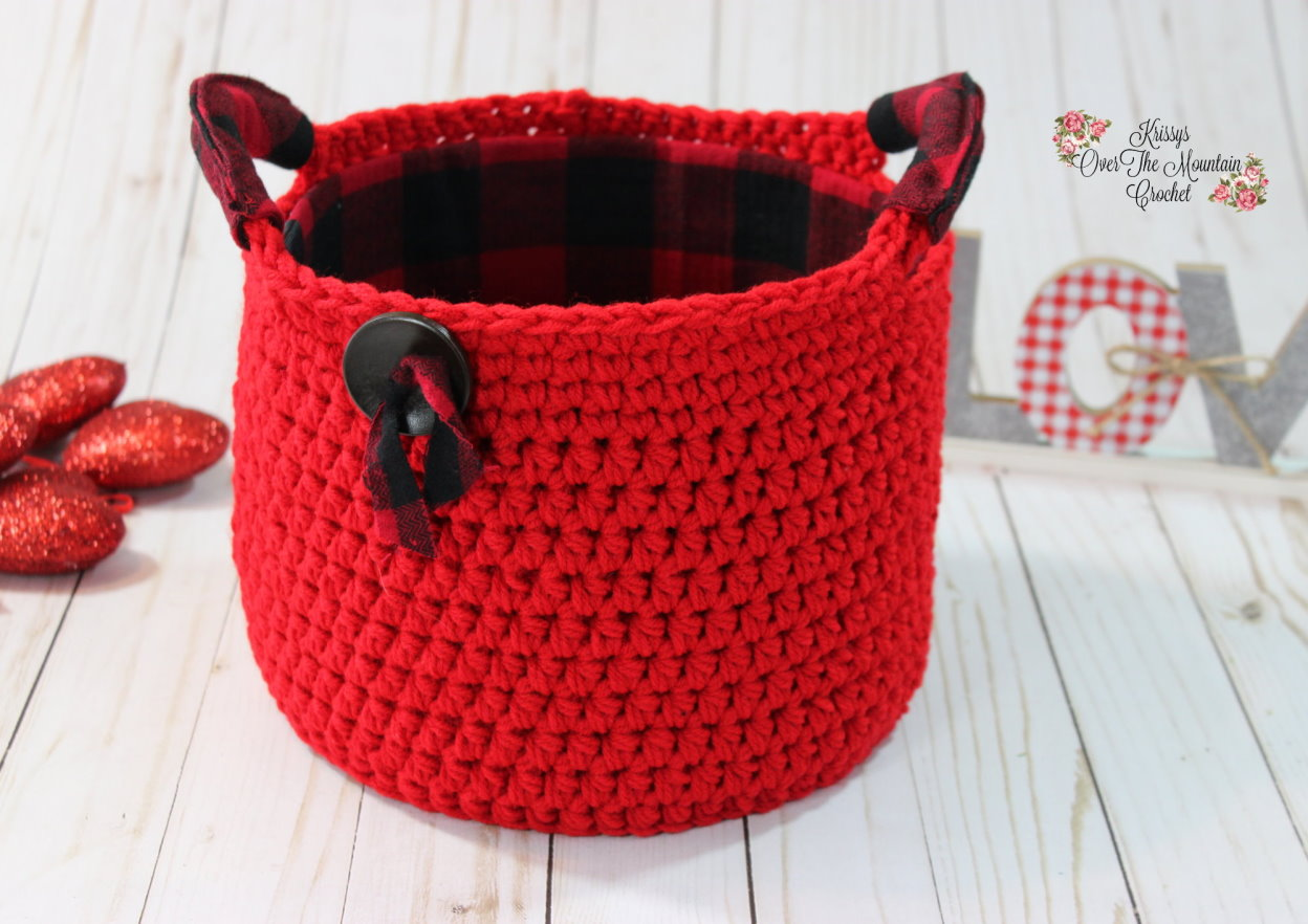 Flannel lined basket with flannel on the handles.