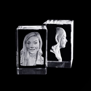 3D Muotokuva kristalli