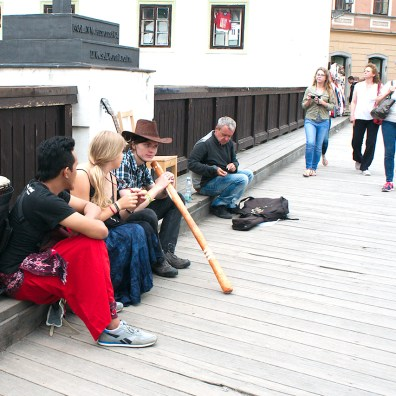 Buskers on side of bridge