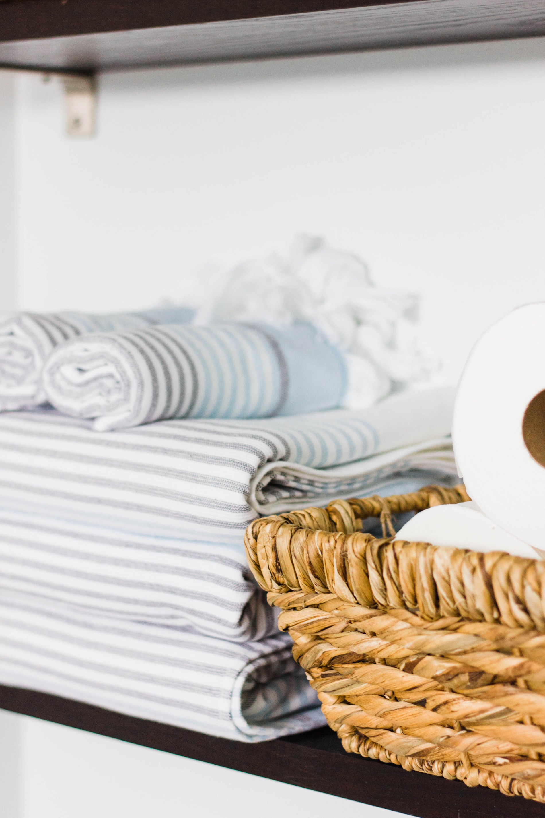 5 simple ways to refresh and organize your bathroom