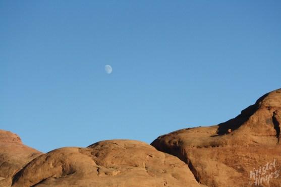 Lake Powel: Moonrise