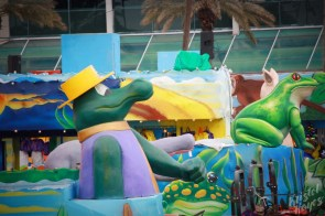 NOLA | Mardi Gras World | Gator and Frog