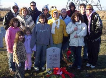 mari's grave 07