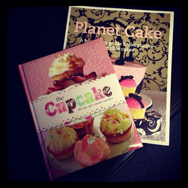 Photo of cupcake cookbooks