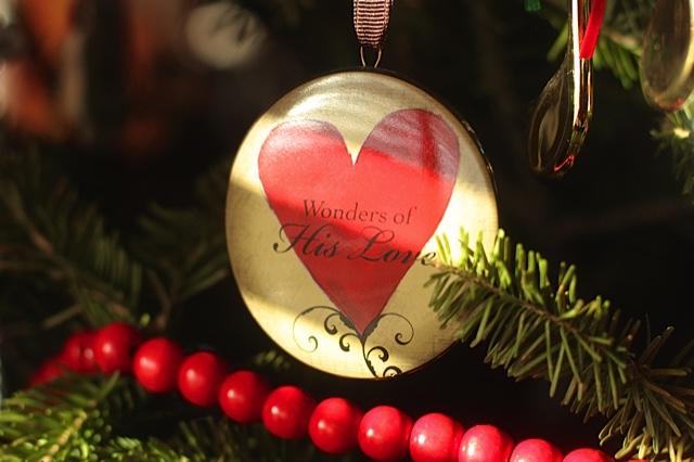 ChristmasOrnamentChristmasTree
